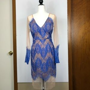 Dresses & Skirts - Ava. sheer with lace long sleeved dress Sz L